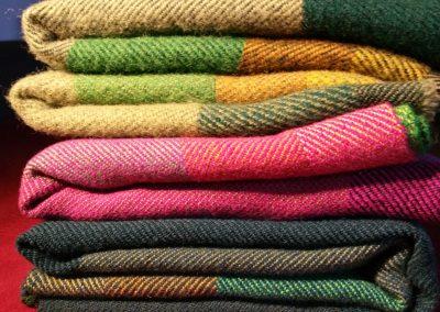 Wolldecken und Tücher